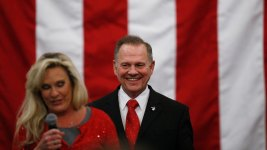 Three Strange Moments From Roy Moore's Election-Eve Rally