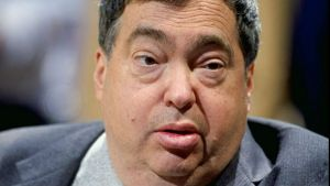 Former Chicago Bulls GM Jerry Krause Dead at 77: Report