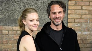 Amanda Seyfried Expecting First Child With Fiancé Sadoski