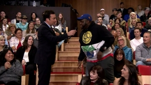 'Tonight Show': The Roots Freestylin'  About Cats VS Dogs