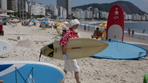 Santa With Surfboard Celebrates Brazil's 1st Day of Summer