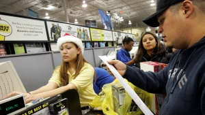 7 Ways to Avoid Holiday Shopping Scams This Season