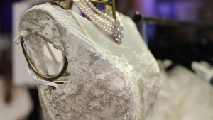 Manhattan, Chicago Are Priciest Places to Wed: Survey