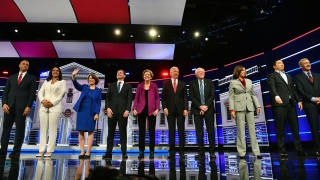 Top News Photos: Health Care Leads at Democratic Debates, Impeachment Hearings, More