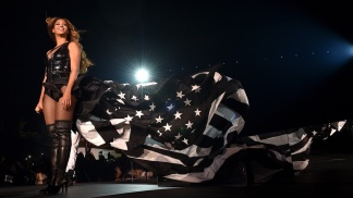 "Beyonce performs at ""On the Run Tour"" July 18, 2014"