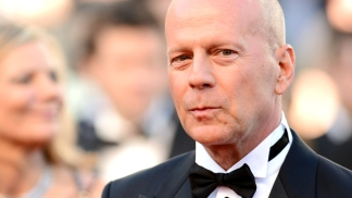 "Bruce Willis & Joseph Gordon-Levitt Talk ""Looper"""