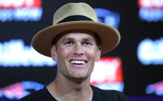 Tom Brady Made a Bold Hat Choice, and Twitter Had Strong Opinions