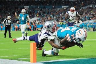 Dolphins Snap Patriots' Win Streak