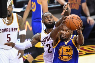LeBron, Cavs End Warriors Perfect Postseason Run in Game 4