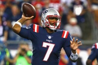 Brissett Fills in, Steps Up as Patriots Win
