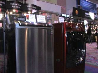 Texting Washing Machines Unveiled at CES