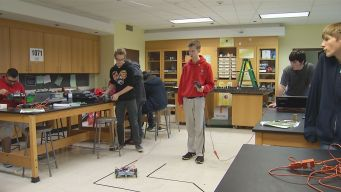 Wolcott Students Build Robots