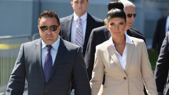 'Housewives' Spouse Can Be in Italy During Deportation Fight