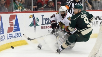 Blackhawks Sweep Wild With Game 4 Win