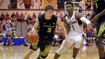 No. 13 Oregon Beats UConn for Fifth in Maui