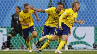 World Cup: Sweden, England Earn Victories