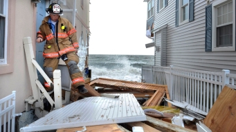 Federal, State Officials to Tour Sandy-Damaged Area