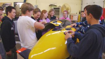 Old Saybrook High Preps for Submarine Race