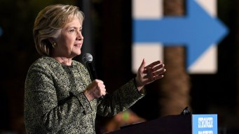 Clinton Rallies in Ohio as Team Plans for Finish Line