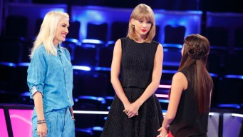 "Taylor Swift Mentors Contestants on ""The Voice"""