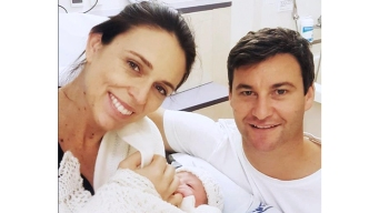 New Zealand PM Is 2nd World Leader to Give Birth in Office