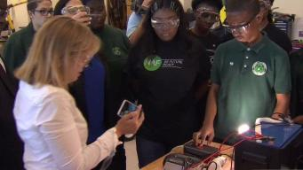 San Juan Mayor Meets With Hartford Students Helping with Maria Recovery Efforts