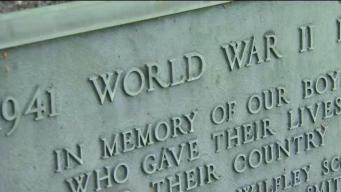Students in Deep River Honor World War II Veterans