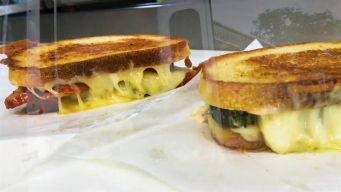 CT LIVE!: Food Truck Friday - The Whey Station