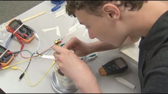 Students Flex Creative Muscles at Engineering Camp
