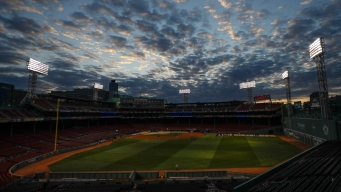 World Series Game 1 to Be Cold One for Red Sox, Dodgers