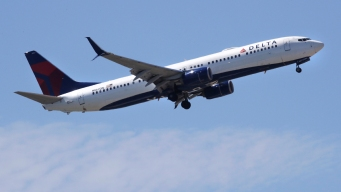 Delta CEO: Government Shutdown Will Cost the Airline $25 Million This Month