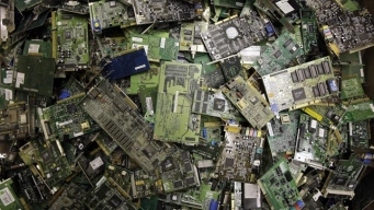 """E-Cycling"" Takes Care of Unwanted Gadgets"