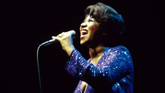 The Queen of Soul Aretha Franklin Dies at 76