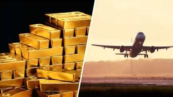 Russian Plane Spills 3 Tons of Gold on Runway