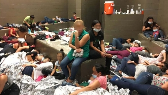 'Help': Photos Show Hundreds of Migrants Squashed Into Cells