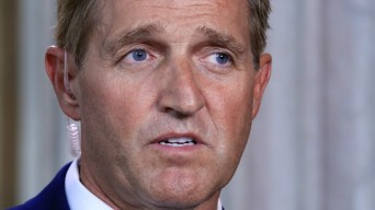 Flake: 'Can Get Something Done' on Immigration This Week