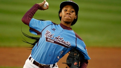 Mo'ne Davis: Auriemma Call Not About Recruiting