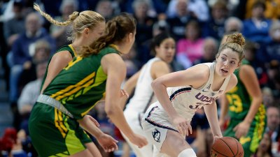 Samuelson Powers UConn Women to Runaway Win in AAC Final
