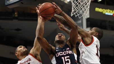 UConn Falls to Cincinnati in AAC Semifinals