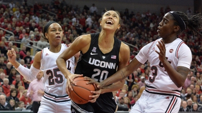 UConn Falls to Louisville 78-69