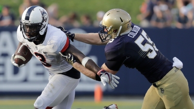 UConn Falls Short Against Navy 28-24