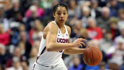 Huskies Handle UCF in AAC Semifinal 78-56
