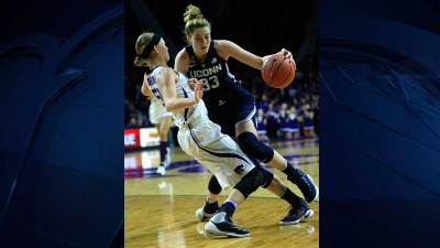 UConn Rolls Beating Kansas State 75-58
