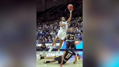Collier's Double-Double Leads No. 2 UConn to Rout of Towson