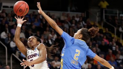Collier Helps UConn Beat UCLA 69-61 in Sweet 16