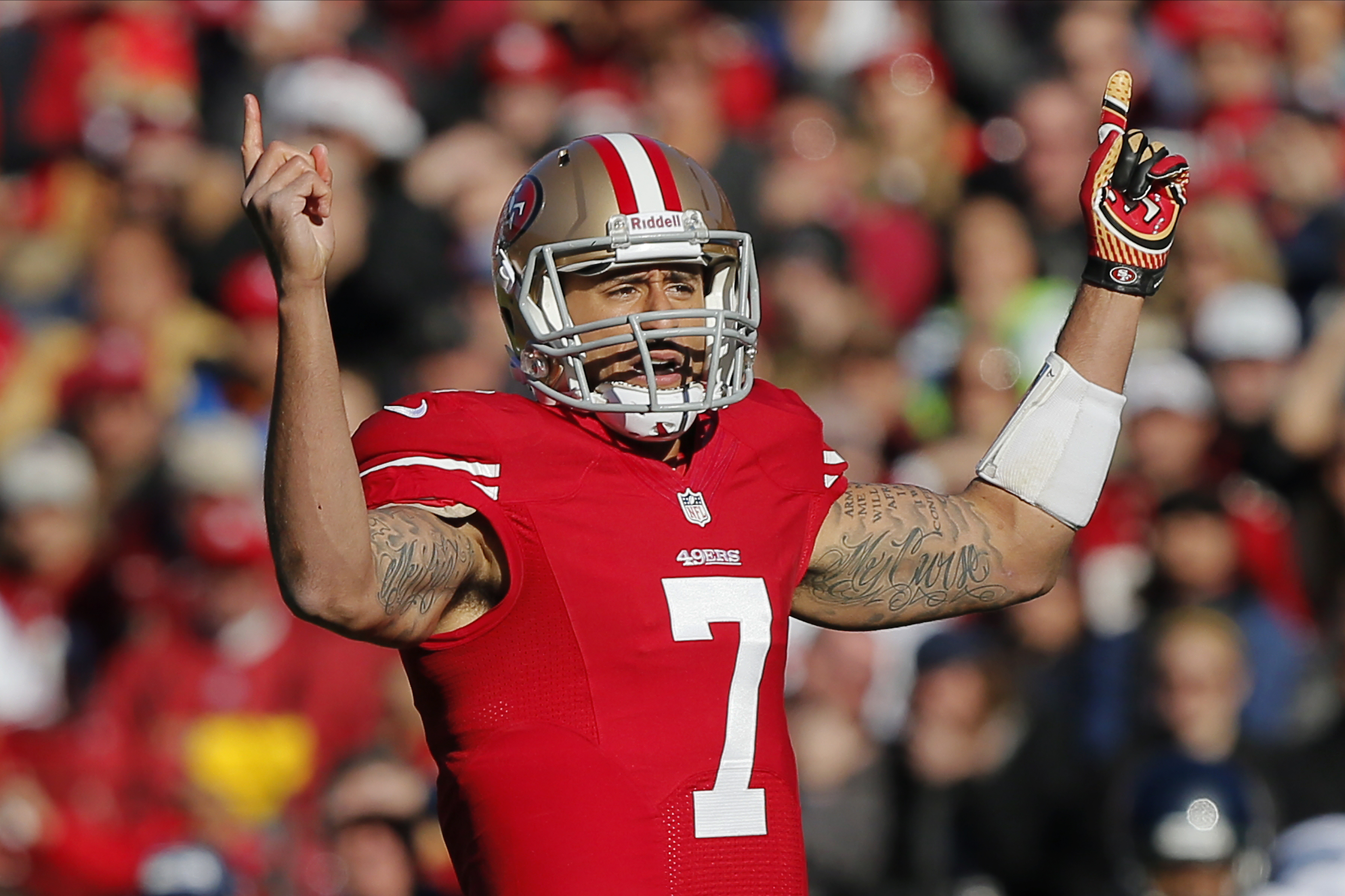 SAN FRANCISCO, CA - DECEMBER 08:  Quarterback Colin Kaepernick #7 of the San Francisco 49ers calls out the play count against the Seattle Seahawks in the first quarter on December 8, 2013 at Candlestick Park in San Francisco, California.  The 49ers won 19-17.  (Photo by Brian Bahr/Getty Images)