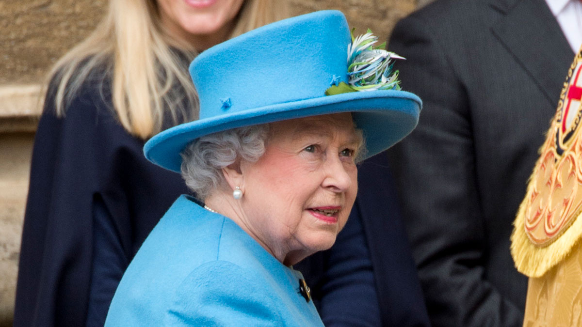 Queen Elizabeth II celebrated her 88th birthday on April 21, 2015. Stills from an eight-decade-old video showing her practicing a Nazi salute as a young girl were published by a British tabloid, though the publication was criticized by a royal official.