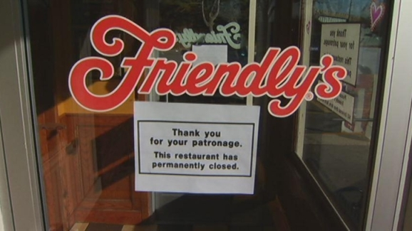Schumer calls Friendly's closures 'outrageous,' promises to amend law to protect workers