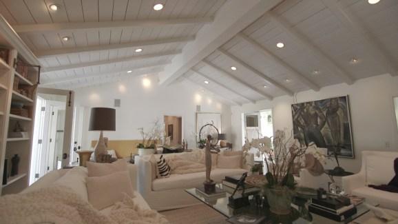 Inside Meridith Baeru0027s Stylish Home
