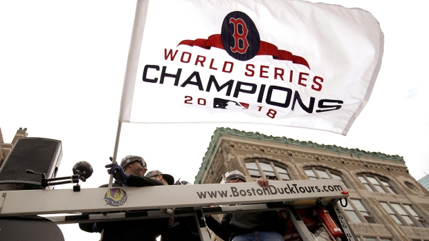 [NATL-BOS]#DamageDone: Scenes From the Red Sox Championship Parade